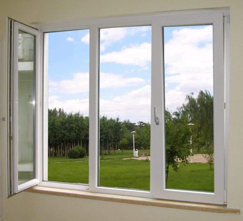 این نوع از پنجرهها از حالت بسیار ساده برخوردارند و تنها تفاوت آنها با پنجرههای ثابت، باز شو بودن آنها است.
