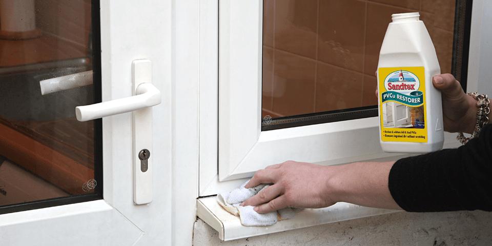 دمای آب میتواند بر روی رنگ پنجره و دربهای یو پی وی سی تاثیر بگذارد