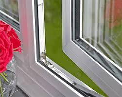 از دیگر مزیتها و امتیازاتی که شیشههای دوجداره و سه جداره نسبت به شیشههای معمولی دارند، مقاومت و زیبا بودن آن است.