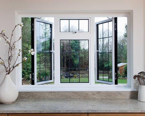 از دیگر علل و دلایلی که برای تعویض دربها و پنجرههای معمولی با دربها و پنجرههای دو جداره میتوان اشاره کرد، مناسب بودن آنها برای محیط زیست است.